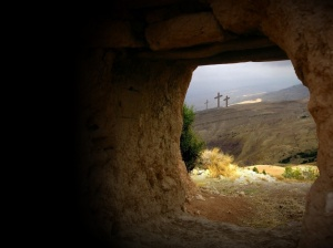 empty_tomb_view)of_3_crosses